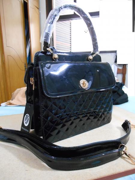 188f7c013 Bolsa Feminina Preta Verniz - Código U0244 - Usate Bazar Brecho OnLine