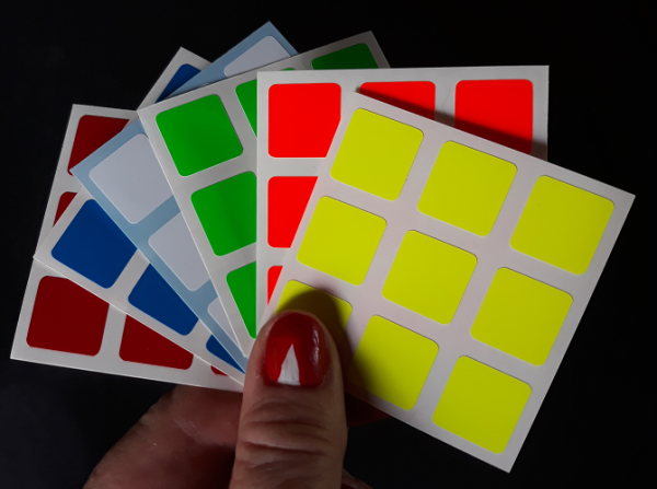 Adesivos para Cubos Mágicos 3x3 de 57mm FLUORESCENTE (Serve Dayan, Shengshou, Rubik, etc)