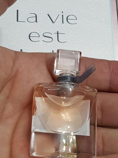 d3b9e17d0 Miniatura Perfume La Vie est Belle 4 ml Sem Caixa - Amostras de ...