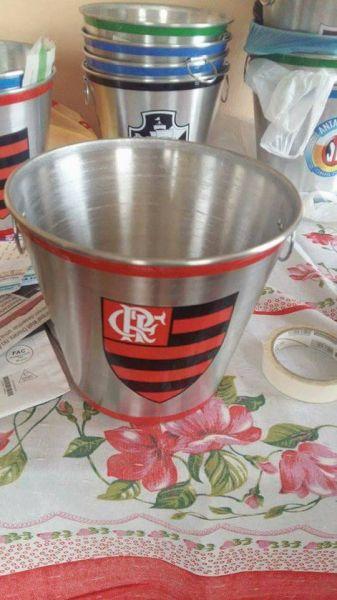 12 baldes de alumínio do flamengo para cerveja