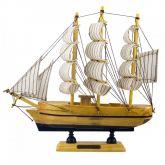 Embarcação Miniatura Caravelas Návio Preto 8cm