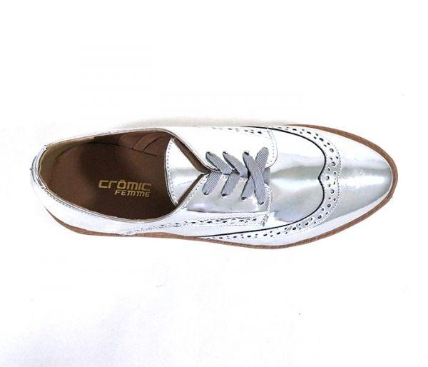 660f573d8 Sapato Brogue Feminino Metalizado Prata - C&F Modas