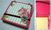 Post-it com capa de disquete rosa floral