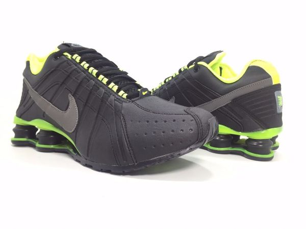 tenis nike shox preto e verde