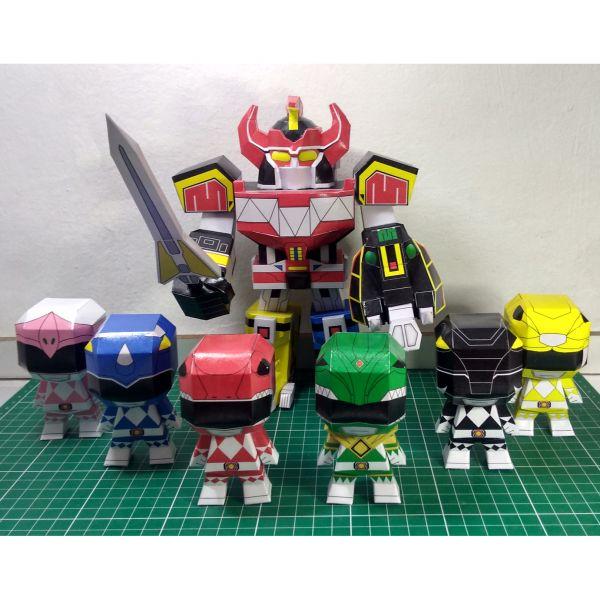 Megazord Chibi + Power Ranger Chibi Papercraft