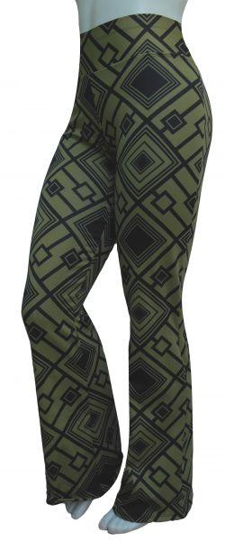 Calça flare ou reta(GG-46),verde militar e estampa em preto, cintura alta,suplex