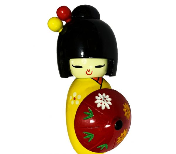 Boneca Kokeshi com Sombrinha