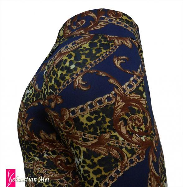 Calça feminina flare ou reto GG(46),cintura alta, tecido suplex 320 estampa azul com  corrente