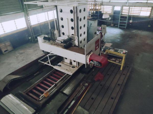 Fresadora Banco Fixo CNC MAUT 4500 mm / Cinco Eixos Usada