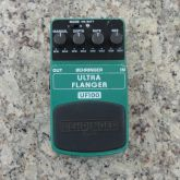 Pedal Guitarra Ultra Flanger Behringer UF100 - USADO