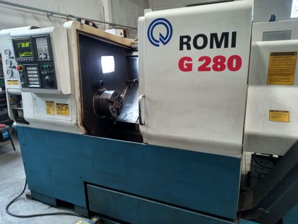 Torno CNC Romi G 280 Ano 2005 Usado