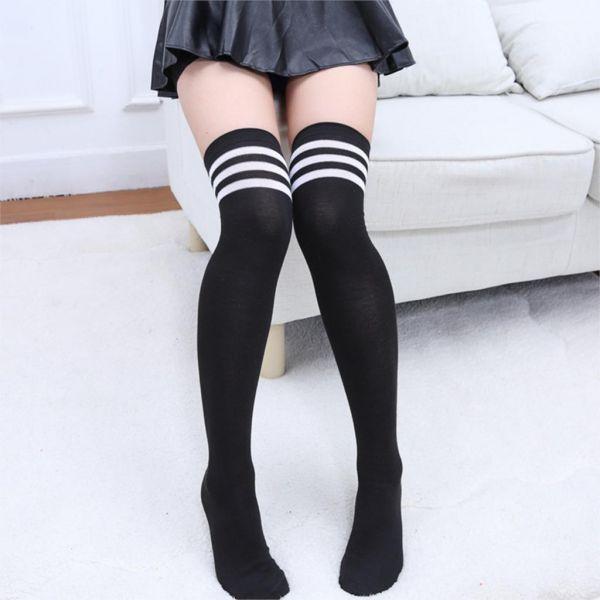 890482688 Meia 7 8 Colegial Coreana Preta com Listras Brancas - Yume Costumes