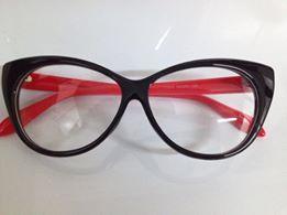 f4c3f487d9425 Armação estilo Gatinho (preto com vermelho) - Lili Imports