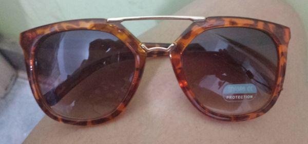 Óculos réplica da Prada - Cor Onça - Tm. U - Vulp Moda Feminina 70dd351685
