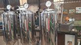 fermentador100 lts  de exposição nao para uso tipo caixa dagua