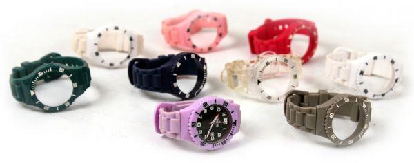 55cfa5bee04 Relógio Swatch troca pulseiras com 8 pulseiras extras - My Closet