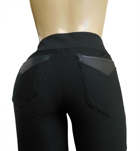 calça feminina preta com bolsos atrás(46) , com detalhes em cirrê, tecido jacquard piquet colmeia