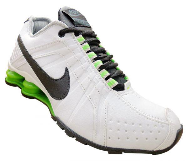 b26eea63982 Nike Shox Junior branco e verde - Turbo Tenis