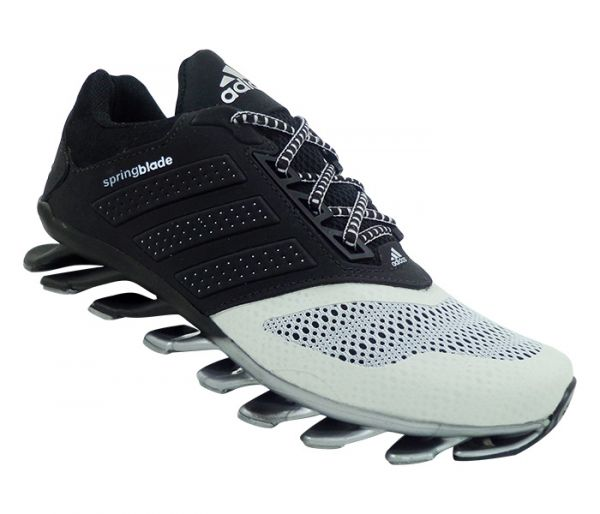 f31dc86610 Tênis Adidas Springblade Drive 2015 Preto e Prata - JKB MULTIMARCAS ...