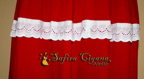2d7e509e8 Saia rodada em crepe de algodão vermelho com renda inglesa branca ...