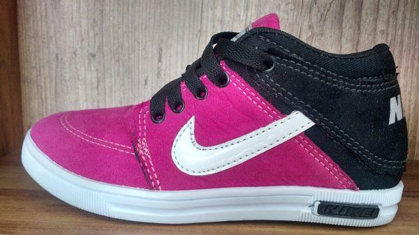 925d686f054 Tênis Botinha Nike Rosa - Outlet Ser Chic