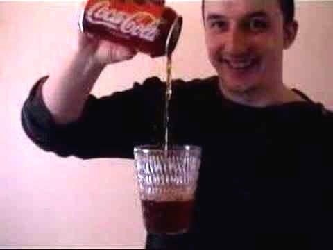 Airborne Glass (copo que flutua) para latinha de Coca-Cola #859