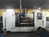 Centro de Usinagem Vertical TRAVIS M 1500 c/ 4º eixo Usada