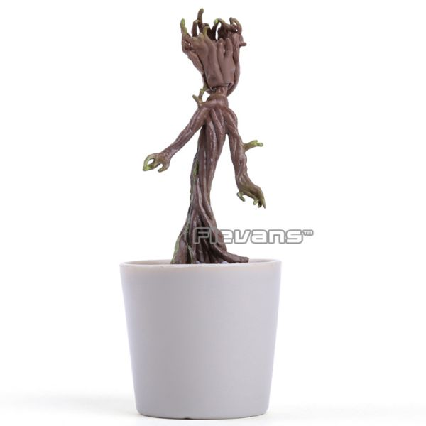 Baby Groot no Vazinho de Plantas