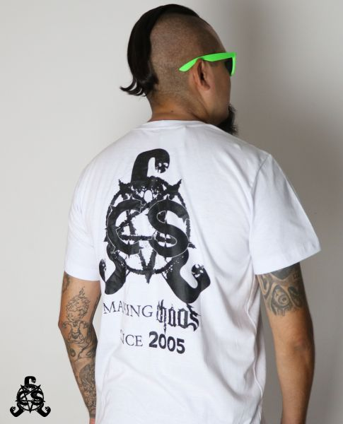 Camiseta Making Chaos Since 2005