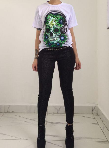 T-shirt green skull