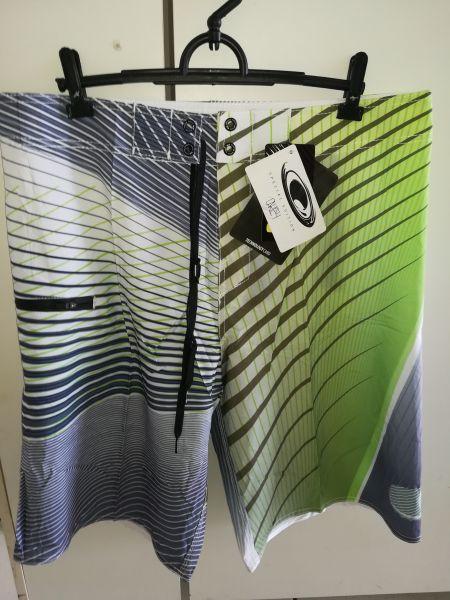 Bermuda Elastano Oakley - Moda Surf Loja Virtual b092602befb