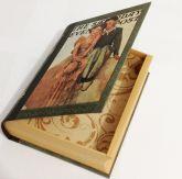 Livro Decorativo Pequeno