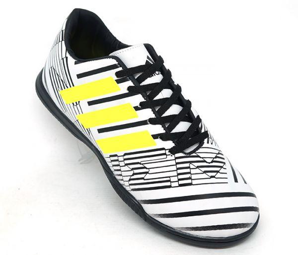 cd8ccc1f8f Chuteira Adidas Nemeziz 17.4 Futsal Branco e Preto - AGP Roupas e ...