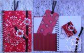 Kit caderneta, chaveiro e marca página Bandana vermelha