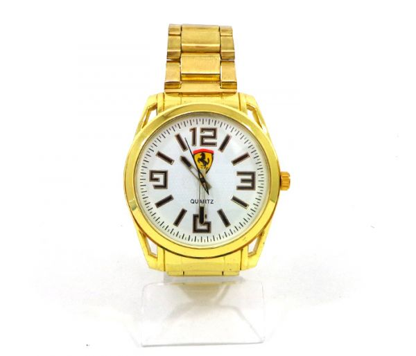 c46fe7be937 Relógio Ferrari Dourado fundo branco cod  21285 - 1001 Servicos de ...