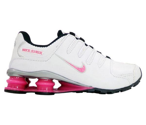 8b5ce9e096 Tênis Feminino Nike Shox NZ Branco e Rosa - App Box