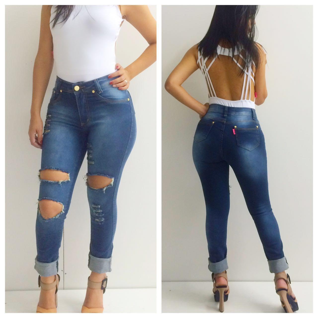 e0a1cba18 Calça jeans feminina com detalhes de renda