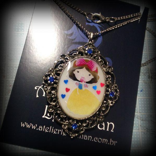 Colar Chibi Princess