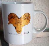 Caneca cerâmica Aries