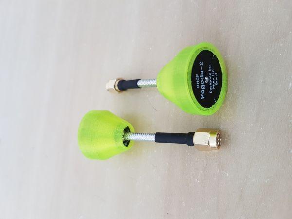 02 Antenas Pagoda 2 RHCP / 5.8GHZ / Comprimento 55mm / Conector SMA C/ Proteção em TPU Cor Amarelo