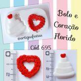 Bolo e Coração Florido