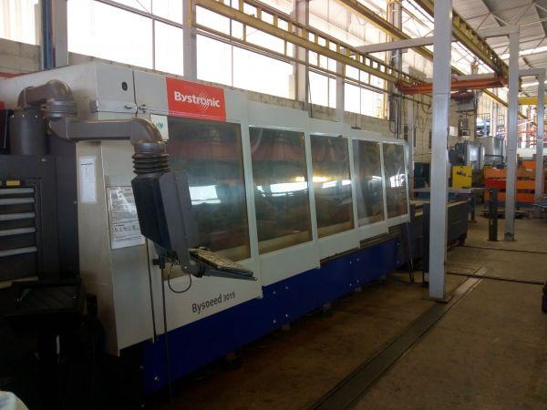 Máquina de corte a laser 4400 Watts BYSTRONIC ano 2008