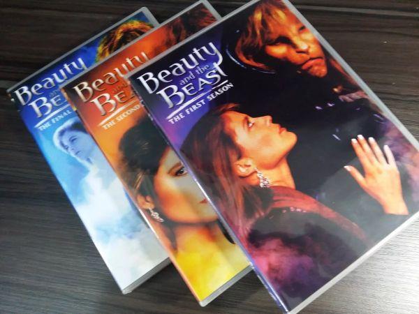 A BELA E A FERA (Beauty and the Beast) - Série Completa Dublada
