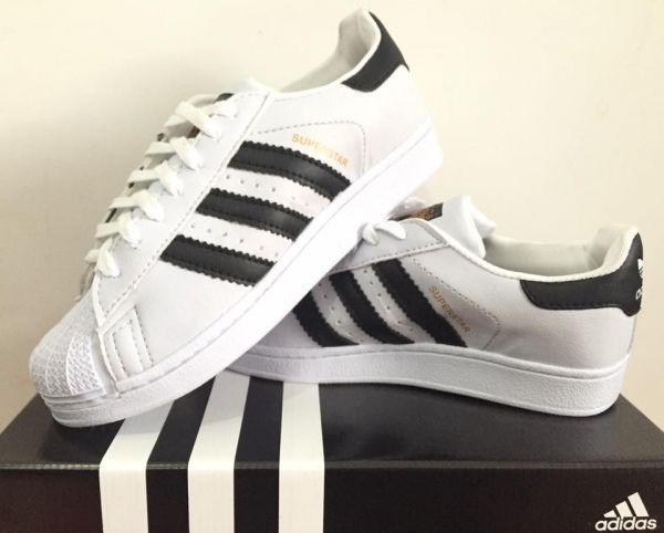 e3d2dfecd1f Tênis Adidas Superstar Branco c  Preto - Outlet Ser Chic