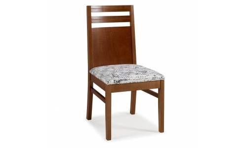 Limpeza em Cadeira com almofadas no assento