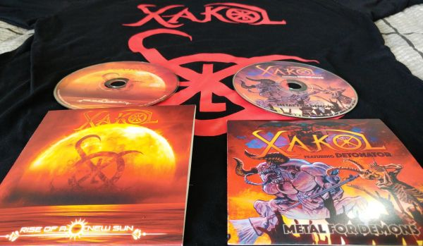 Camiseta Símbolo XAKOL + Singles Rise of a New Sun e Metal for Demons