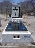 Placa em granito gravado em baixo relevo 30x50 foto 9x12