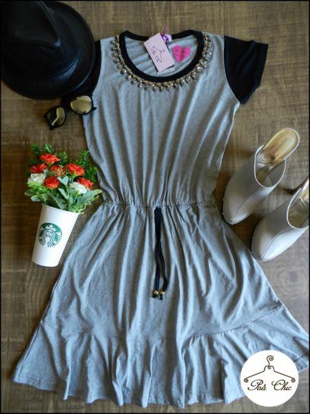 Vestido Bordado Cinza Claro [ Manga Preta ] Cintura com Elástico