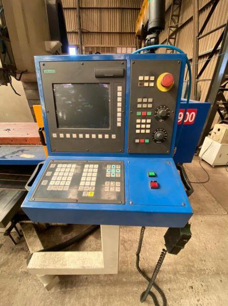 Fresadora CNC VEKER VK-4900 Usado