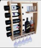 Bar de parede com suporte 5 garrafas deitadas